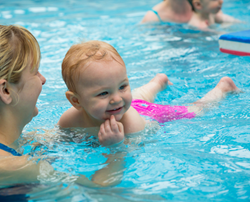 3 Easy Tips to Reduce the Risk of Ear Infection when Swimming