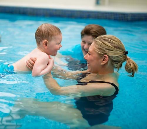 Swimming Lessons For Children Aged 15 Months To 2 5 Years Old Puddle Ducks