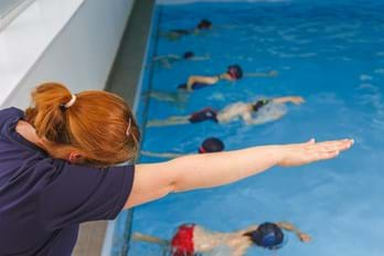 Nici teaching Swim Academy
