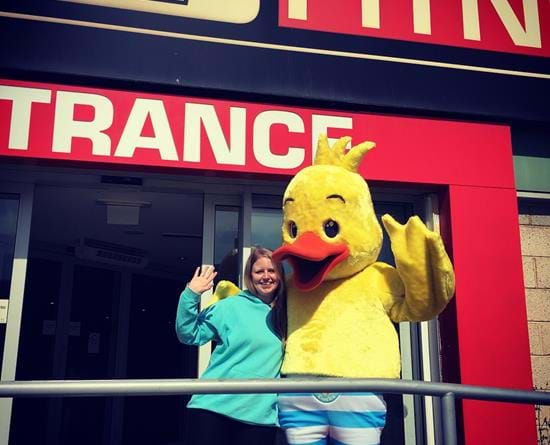 Puddle the Duck visits our little swimmers at DW Fitness Traffford